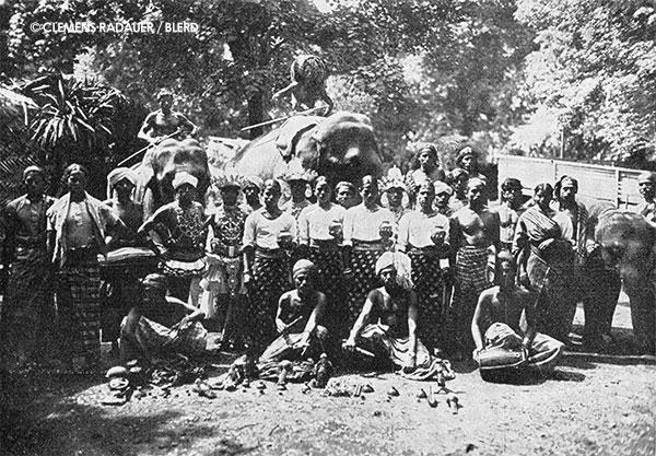 1924: John Hagenbeck's Village da Ceylan (The Ceylon Village)