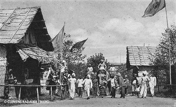 1926: Singhalesen Dorf (The Sinhalese Village)